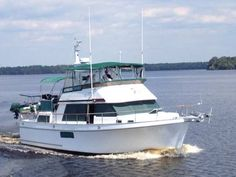 Ocean Alexander trawler for sale from Curtis Stokes & Assoc. of Fort Lauderdale, FL and Annapolis, Maryland.