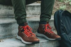 Timberland FlyRoam Trail Leather Boots are lightweight yet durable, making them perfect for those spring time hikes. Snow Boots, Winter Boots, Hiking Boots, Hiking Gear, Boots Online, Brown Leather Boots, Shoe Game, The Great Outdoors, Timberland