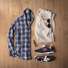 What the weekends were made for.  Shirt: @grayers Stafford Slub Twill Shoes: @newbalance Made in USA 1400 Denim: RRL @ralphlauren Glasses: @rayban Watch: @tsovet