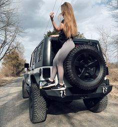 Jeep Wrangler Girl, Jeep Wrangler Rubicon, Jeep Wrangler Unlimited, Jeep 4x4, Jeep Truck, Jeep Willys, Trucks And Girls, Car Girls, Wheels Of Fire