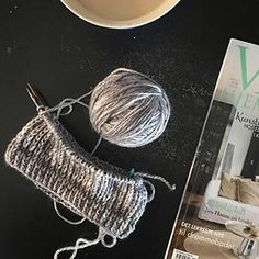 Good morning all knitters and others! Enjoying a slow morning with a cup of good tea, a beautiful magazine and some heavenly alpaca yarn. Let's make this a good day! 😍 #neulonta #knitting #handdyedyarn #vakrehjemoginteriør #saturdaymorning #koukuttamo