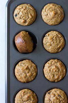 Cinnamon Raisin Sweet Potato Muffins {Paleo} | The Paleo Running Momma