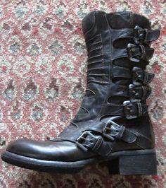 Fauzian Jeunesse black boots size 38