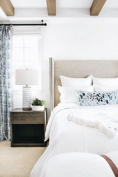 Astonishing Cool Tips: Warm Minimalist Home Pillows minimalist living room apartment frames.Minimalist Home Interior Brown minimalist bedroom pink lamps.Minimalist Home Decorating Interior Design. Home, Dreamy Bedrooms, Minimalist Bedroom, Farmhouse Bedroom Decor, Modern Bedroom, Coastal Bedrooms, Interior Design, Minimalist Home, Master Bedrooms Decor