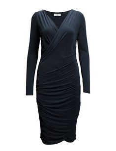 DAY - Day Neat-Zipper detail Long sleeves Shoulder detailing V-neckline in wrap style with asymmetrical closure Elegant and feminine Excellent quality and fit Sophisticated Wrap Style, My Style, Day Dresses, Formal Dresses, Shoulder Sleeve, Feminine, Suits, Elegant, Long Sleeve