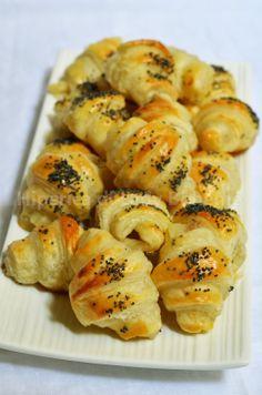 Cornetti anchois, mozzarella et graines de pavot