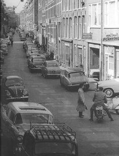 1961. A view of the Govert Flinckstraat in the Pijp neighborhood of Amsterdam. Photo Serc. #amsterdam #1961 #GovertFlinckstraat