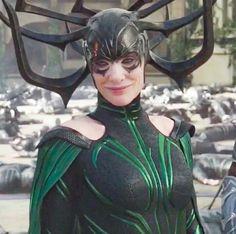 Hela - Thor Ragnarok - Cate as super villain. Marvel Hela, Hela Thor, Marvel Avengers, Cate Blanchett, Loki Laufeyson, Ragnarok Movie, Avengers Girl, Asgard, Lady Loki