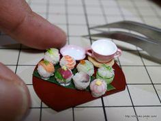 手毬寿司を並べてみました。 | ちょび子のミニチュアフード