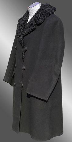 Antique Edwardian Mens Coat // 1900s Melton Cloth Overcoat w Lamb Fur from poppysvintageclothing on Ruby Lane
