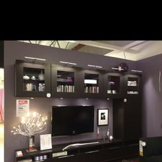 I love Ikea Hemnes, Kallax, Home Layout Design, Interior Design, Living Room Tv, Home And Living, Ikea Lounge, Ikea Showroom, Built In Bookcase