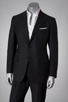 Black Tailored Tom Ford Suit New Tom Ford Suit, Tom Ford Men, Tom Ford Tuxedo, Sharp Dressed Man, Well Dressed Men, Mens Fashion Suits, Mens Suits, Black Suits, Suit And Tie
