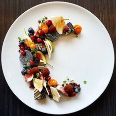 Beautiful dessert by @vidal31 #GourmetArtistry Tag your friends who love chocolate and fruit #gastronomia #gastronomy #sgfood #sgfoodies #singaporefood #thefeedfeed #food52 #foodgram #gourmet #instagourmet #instafood #food #foods #foodart #chefs #topchef #masterchef #instagramfood #gastronomy #molecular #f52grams #creative #culinary #culinaryart #plating #dessert #desserts #dessertmasters #dessertart #dessertgasm by gourmetartistry