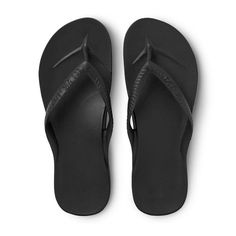 A pair of arch support flip flops so comfy and supportive, you'll never want to take them off your feet! Mens Flip Flops, T Tess, Melbourne, Flipflops, Beach Shoes, Bleu Marine, Summer Shoes, Shoe Brands, Flipping