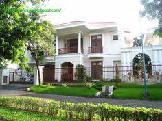 RUMAH DIJUAL : (Residential House For Sale ) Luxury Lifestyle in Graha Famili Surabaya.