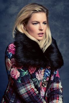 KRISS Fall Collection 2014. Wonderful jacket with a big fake fur.