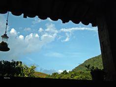 uma janela depende da perspectiva. miniconto. a cesse comente compartilhe fomente. http://olharesdoavesso.blogspot.com.br/2014/02/divertir-se-ia-miniconto.html