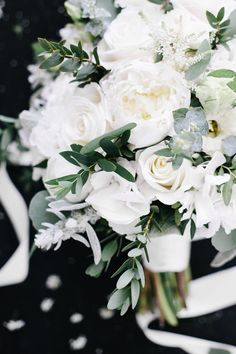 organic and lush fineart bridal bouquet by TML | TABEA MARIA-LISA