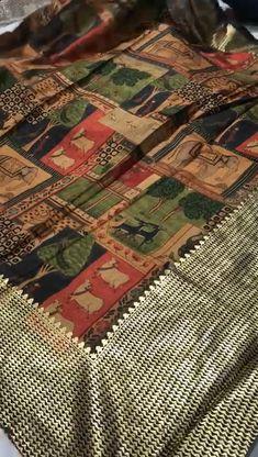 Kalamkari Saree, Silk Sarees, Rakhi Gifts, Printed Sarees, Indian Sarees, Sarees Online, Saree Blouse, Silk Fabric, Gold Foil