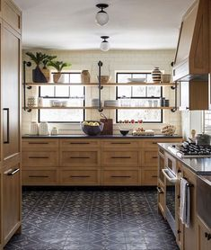 Awesome Rustic Farmhouse Kitchen Cabinets Décor Ideas Of Your Dreams (75)