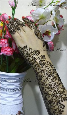 Flower Vine henna design