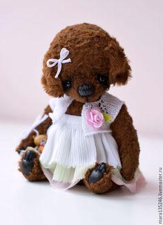 Teddy Toys, Teddy Bear, Cute Toys, Cuddles, Handmade Toys, Diy Art, Artist, Animals, Plushies