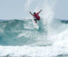 Blog Esportivo do Suíço:  Mineirinho combina manobras fortes e aéreos para vencer na Gold Coast