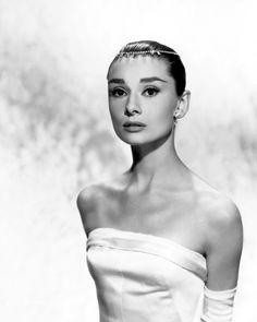 audrey hepburn wedding dress style | Audrey Hepburn wore a strapless wedding gown in the 1957 film Funny ...