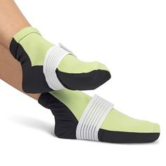 These are the socks that administer cryotherapy to relieve feet from the pain of plantar fasciitis and other foot ailments.