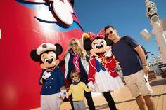 Adriane Galisteu e clã: folia na Disney