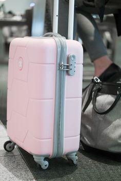 RED REIDING HOOD: www.redreidinghood.com Fashion blogger pink suitcase SUITSUIT Caretta pink lady carry on luggage TSA lock spinner
