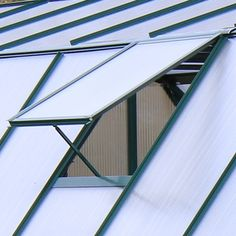 Add an extra roof vent to your Grandio Elite Greenhouse. Window Vents, Roof Window, Greenhouse Ventilation, Elite Greenhouses, Roof Vents, Gardening, Lawn And Garden, Horticulture