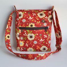 Vera Bradley type hipster purse pattern. Very sturdy purse and easy to follow pattern. My new favorite purse pattern!