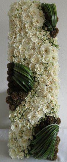 Corporate flowers, corporate flower centerpiece, add pic source on comment and we will update it.