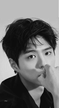 Asian Actors, Korean Actors, Park Bo Gum Moonlight, Kim Yoo Jung Park Bo Gum, Park Bo Gum Wallpaper, He Jin, Park Go Bum, Baby Park, Korean Face
