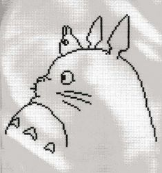 Black and white totoro Totoro, Geek Cross Stitch, Cross Stitch Patterns, Cross Stitching, Cross Stitch Embroidery, Hama Beads Patterns, Beading Patterns, Fabric Crafts, Sewing Crafts