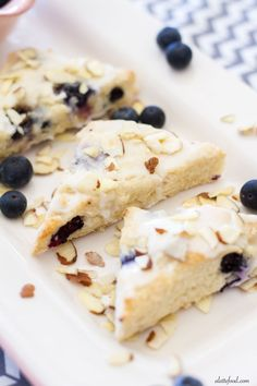 Blueberry Almond Scones are light and fluffy and this is my favorite cream scone recipe! These tender scones are packed with sweet blueberries and plenty of almond flavoring! Cannoli, Muffins, Beignets, Croissants, Biscotti, Cake Pops, Best Blueberry Recipe, Donuts, Mini Scones