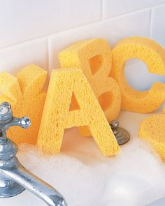 Now where to find sponge sheets to make these pop-up sponges? Would be very cute as a baby shower gift!