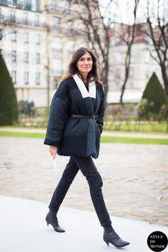 Alt-titude. #EmmanuelleAlt doin her thang in Paris.
