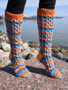 Knitting Patterns, Hot, Design, Fashion, Knitting Stitches, Moda, Knit Patterns, Fashion Styles, Design Comics