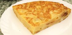 Spaanse tortilla recept: tortilla de patatas | Barcelona met Marta Frittata, Brunch, Whats For Lunch, Spanish Food, Tex Mex, Fajitas, Tostadas, Finger Foods, Snacks