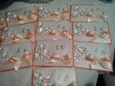 invitacióna la boda  en color  naranja y beige