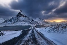 Walk the road by Simon Roppel on 500px