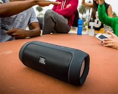 rogeriodemetrio.com: JBL Carga 2 Wireless Speaker Portátil Bluetooth