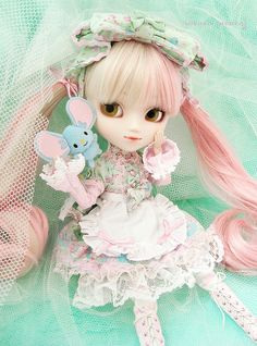 Pullip My Melody custom  in a sweet lolita Angelic Pretty outfit