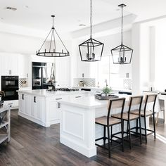Are you looking for ideas for farmhouse kitchen? Browse around this website for amazing farmhouse kitchen pictures. This specific farmhouse kitchen ideas seems to be totally terrific. Modern Farmhouse Kitchens, Black Kitchens, Home Kitchens, Kitchen Modern, Modern White Kitchens, Dream Kitchens, Industrial Farmhouse Kitchen, Remodeled Kitchens, Farmhouse Kitchen Light Fixtures