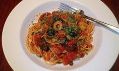 Recipe: Joe Bastianich's Pasta Puttanesca and Pomodoro Sauce