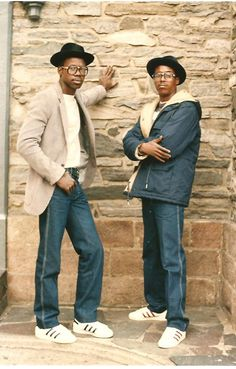 stereoculturesociety: CultureSOUL: Hip Hop America - Photos by Jamel Shabazz African Americans c. (via blackourstory) Mode Hip Hop, 80s Hip Hop, Hip Hop Rap, Hip Hop Fashion, 80s Fashion, Look Fashion, Fasion, Street Fashion, Jamel Shabazz