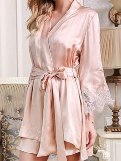 Slip on this elegant silk robe dress set for the perfect way to settle in for a lovely evening and night. Silk Nightgown, Cute Underwear, Mulberry Silk, Wedding Sets, Nightwear, Night Gown, Beautiful Outfits, Lace Trim, Lingerie