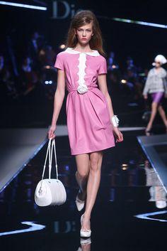 Christian Dior Resort 2011 Fashion Show - Karlie Kloss